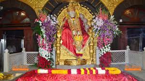 Visit of Shirdi Sai Mandir in Shirdi tour package from Pune